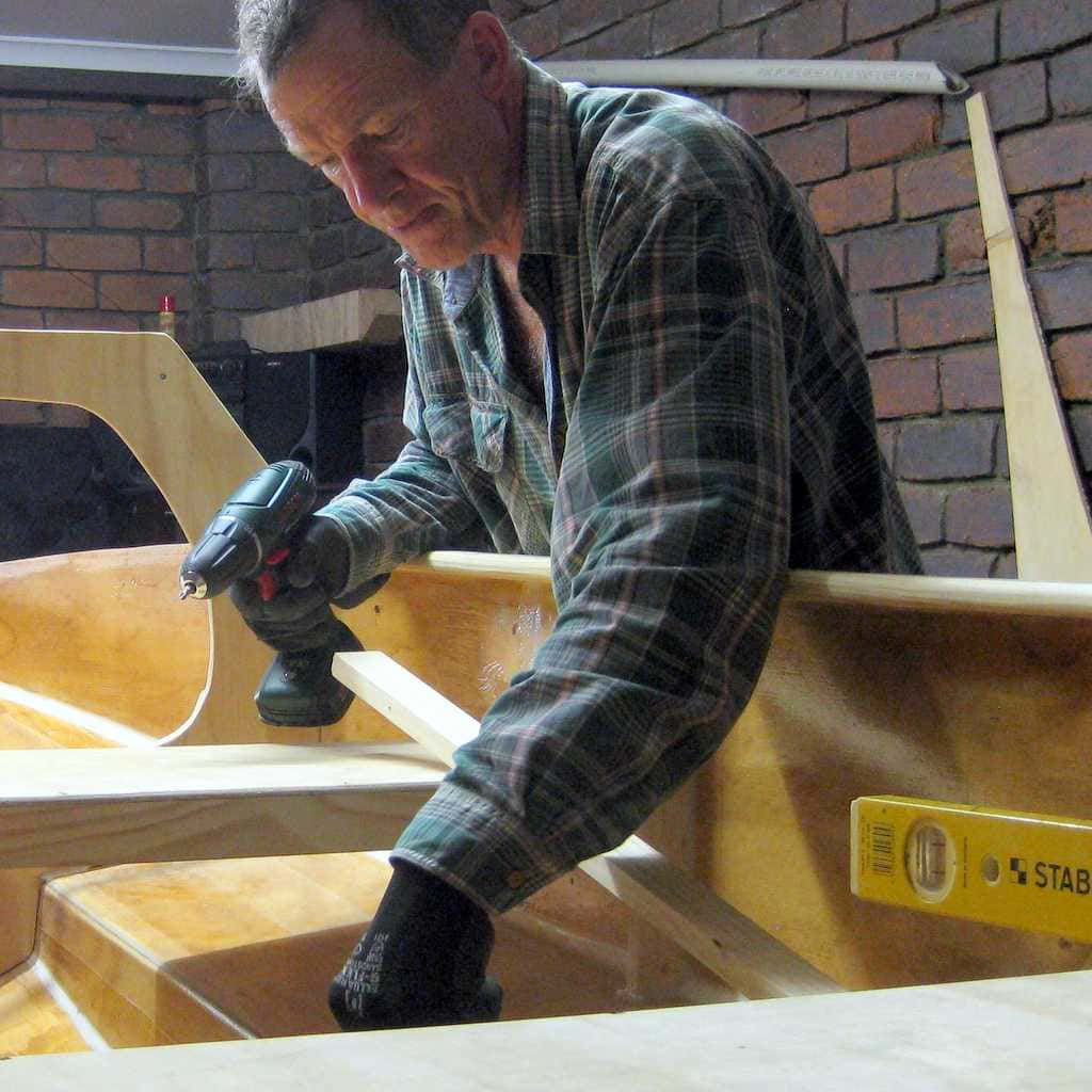 me building boat in 1-month