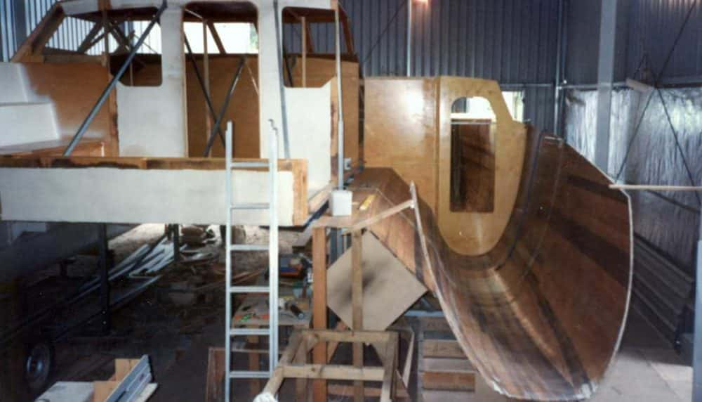 2nd-hull-and-bridgedeck