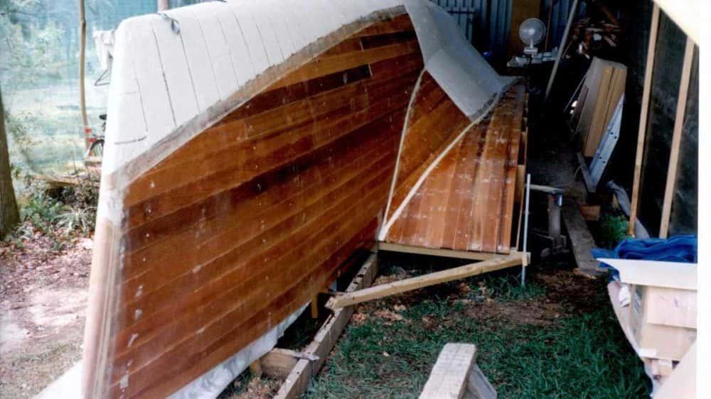 fibreglassing-cedar-hull-3
