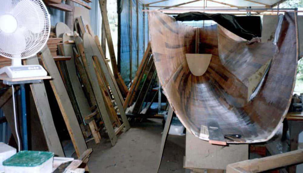 fibreglassing-inside-hull