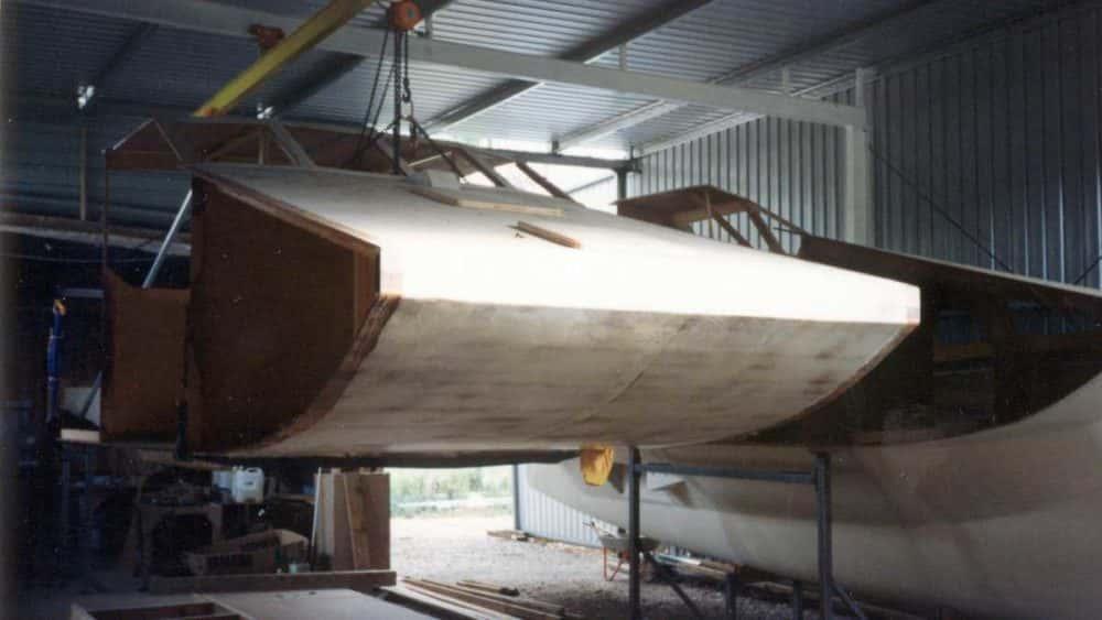 hull-and-bridgedeck